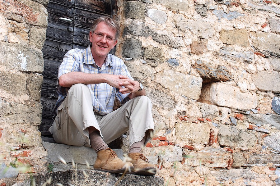 Travel writer, historian and photographer Duncan JD Smith